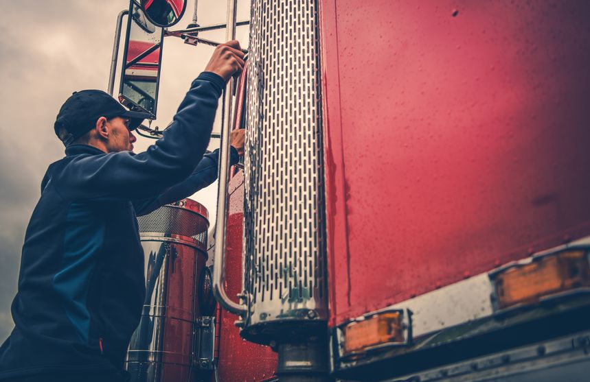 Updated Hours of Service Rules for Truckers - Spivey Law